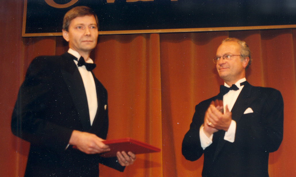 The Marcus Wallenberg Prize 1997 was presented to Professor Erkki Tomppo by H M King Carl XVI Gustaf at a ceremony in Stockholm, Sweden.